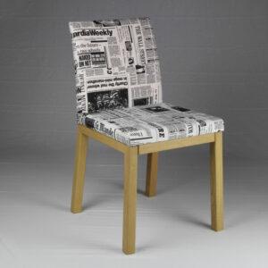 Sedia in legno massello rovere con imbottitura Time