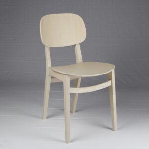 Sedia in frassino dal design minimal
