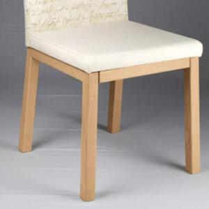 Sedia in legno massello rovere con imbottitura City made in Italy