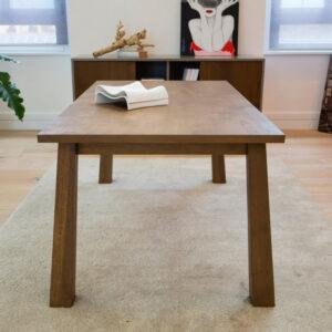Tavolo rettangolare allungabile in legno massello rovere